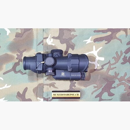 Zielfernrohr Trijicon ACOG 4x32 Crosshair Red LED